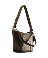 Cute & compact, just the right size for the evening outing or the weekend party. eZeeBags YA832v1 in 100% genuine leather - Black.