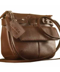 eZeeBags MayaTeens YT844v1 - Style, function & elegance rolled into this beautiful form factor. 100% genuine leather in 12 beautiful colors - Brown.