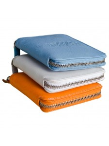 eZeeBags zip-around wallet BY025v1. Classic unisex European design now in India. Choose from 12 beautiful leathers.