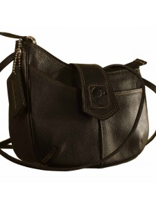 eZeeBags-Maya-Teens-Genuine-Leather-Sling-Bags-YT846v1-Black-Side-3-2.jpg